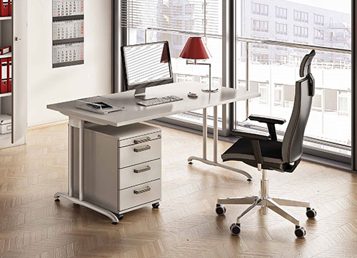 Hochwertige Schreibtisch Markenqualitaet.